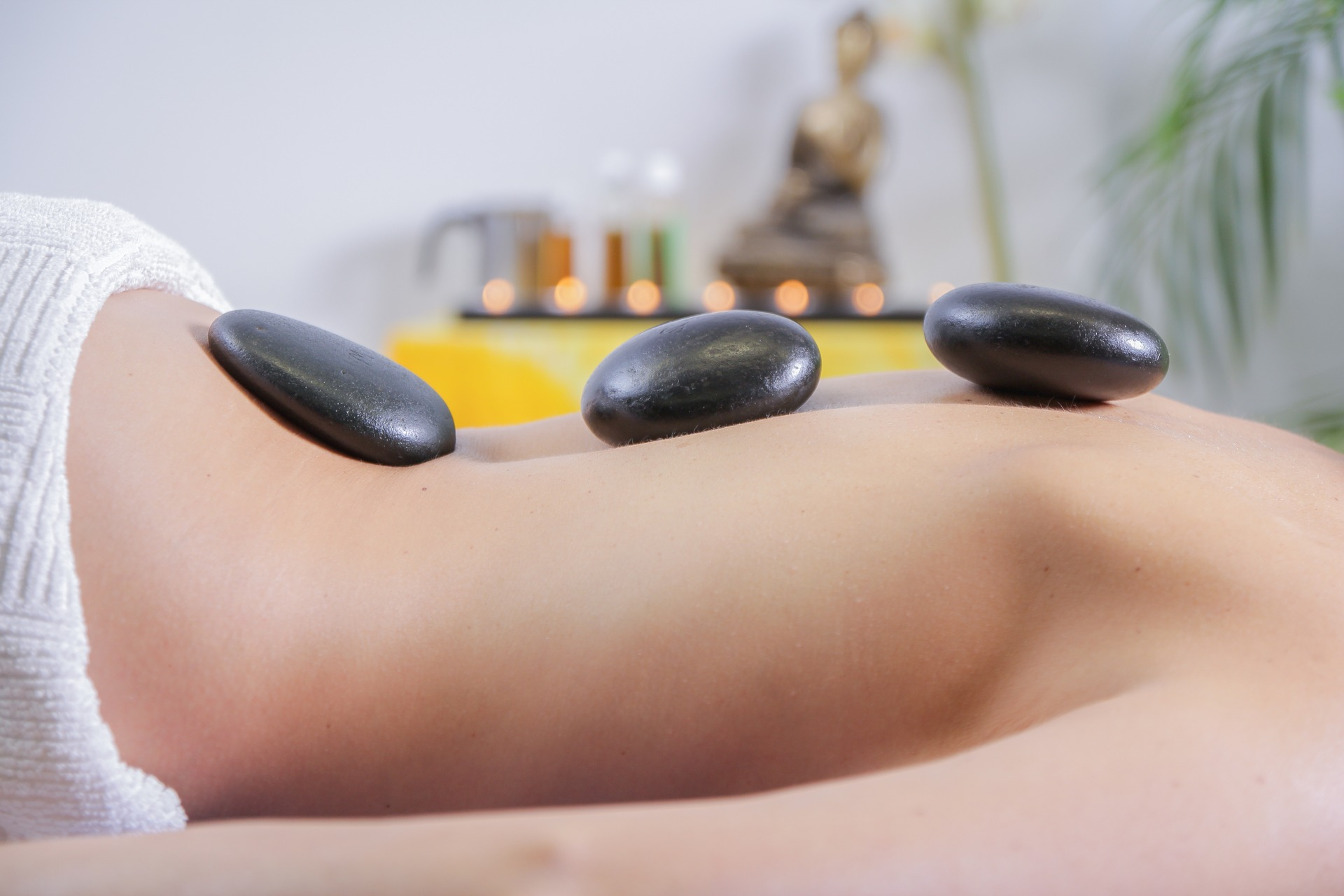 Hot Stone Massage in Wr. Neustadt